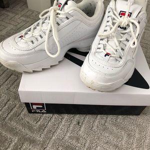 huge selection of 231f5 645e0 Fila Shoes - Original Fila Sneakers. Size USA 7